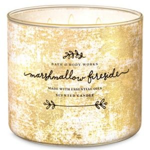 BATH & BODY WORKS MARSHMALLOW FIRESIDE CANDLE NEW